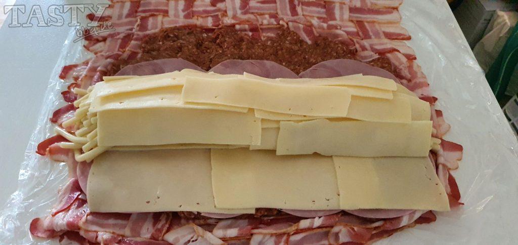 Fertige Füllung für die Mac and Cheese bacon Bomb