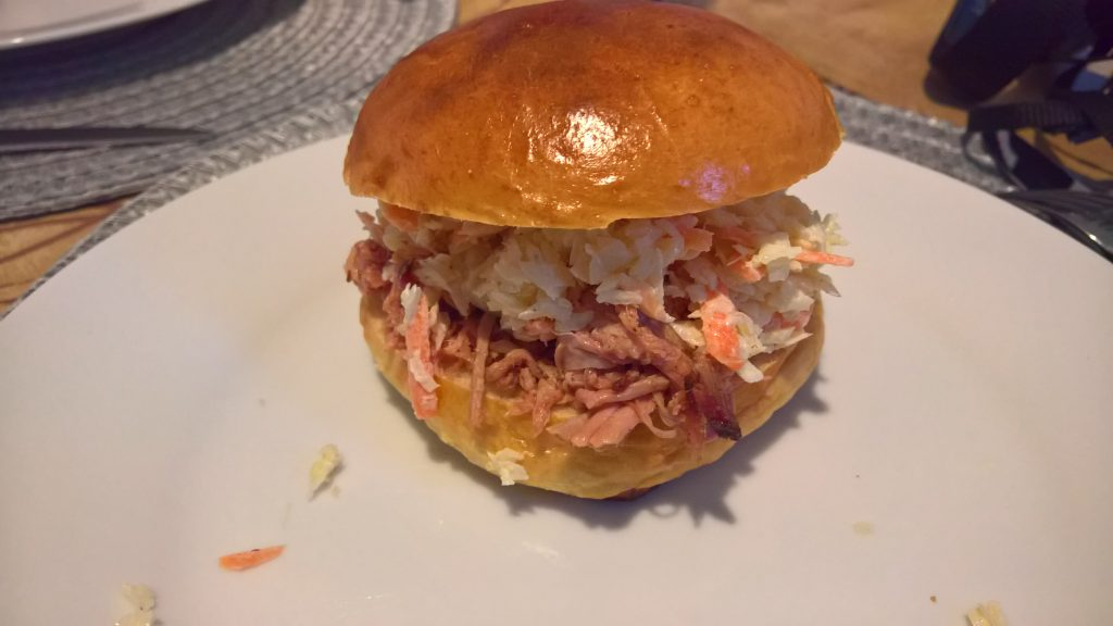 Pulled Pork Burger werden bei uns an der Burgerstation zubereitet und dürfen bei keinem American Barbecue fehlen.