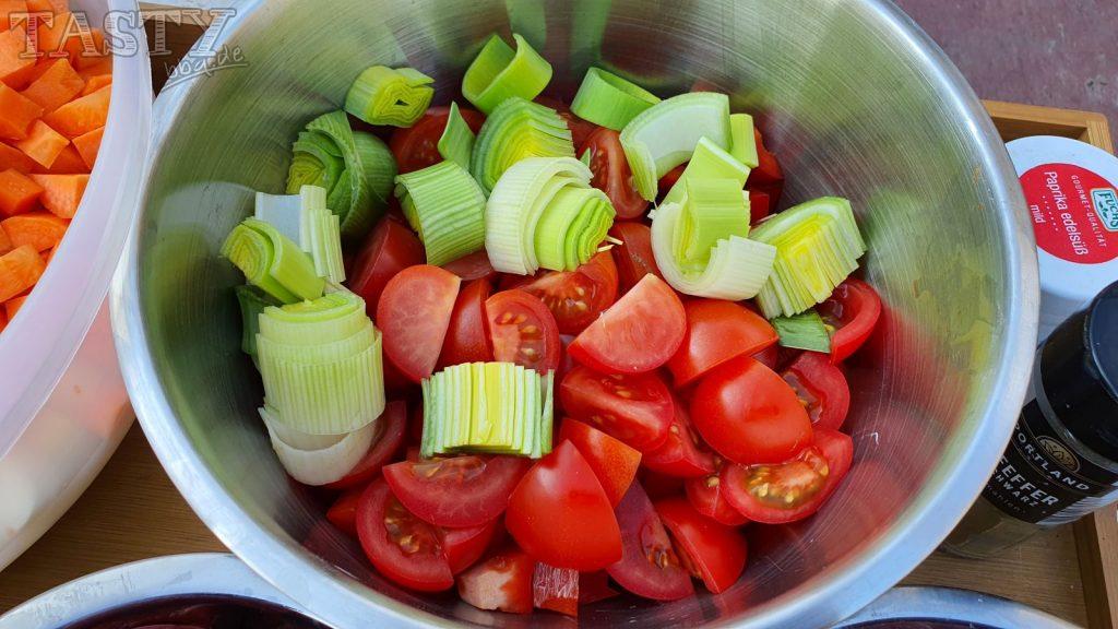 Tomaten und Lauch